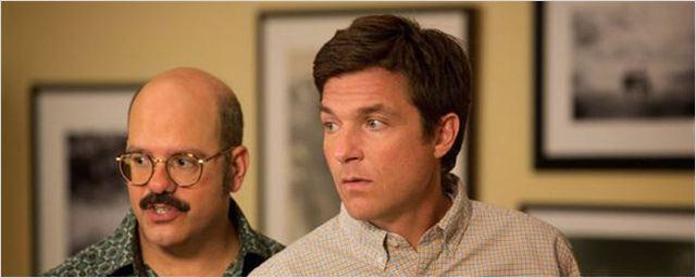 Arrested Development : Jason Bateman dévoile une première photo du tournage de la saison 5
