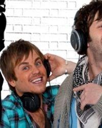 Affiche de la série FM