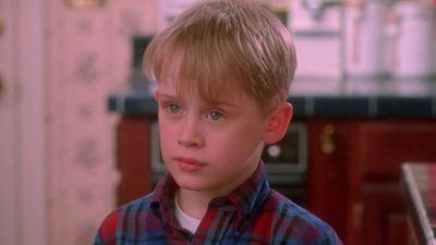 Maman j'ai raté l'avion : comment les parents de Kevin ont-ils pu l'oublier ?