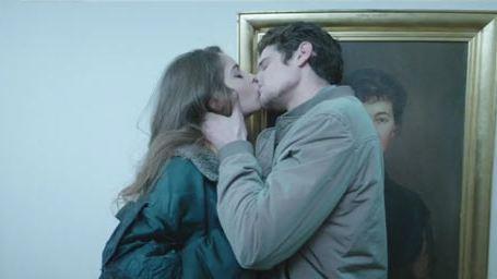 Jérémie Laheurte en serial kisser dans le clip de Christine