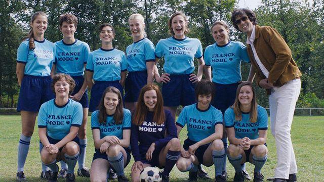 Comme des garçons sur C8 : l'histoire vraie sur cette première équipe de foot féminin en France