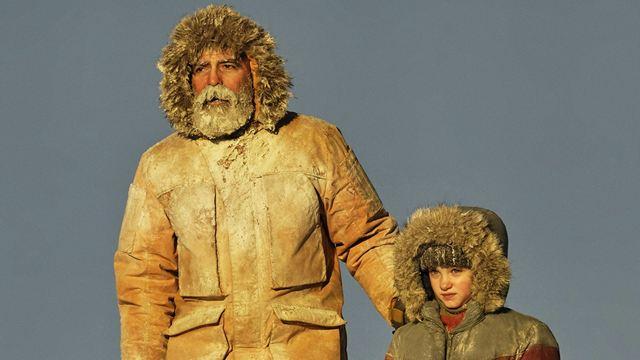 Minuit dans l'univers sur Netflix : que pense la presse du nouveau film de George Clooney ?