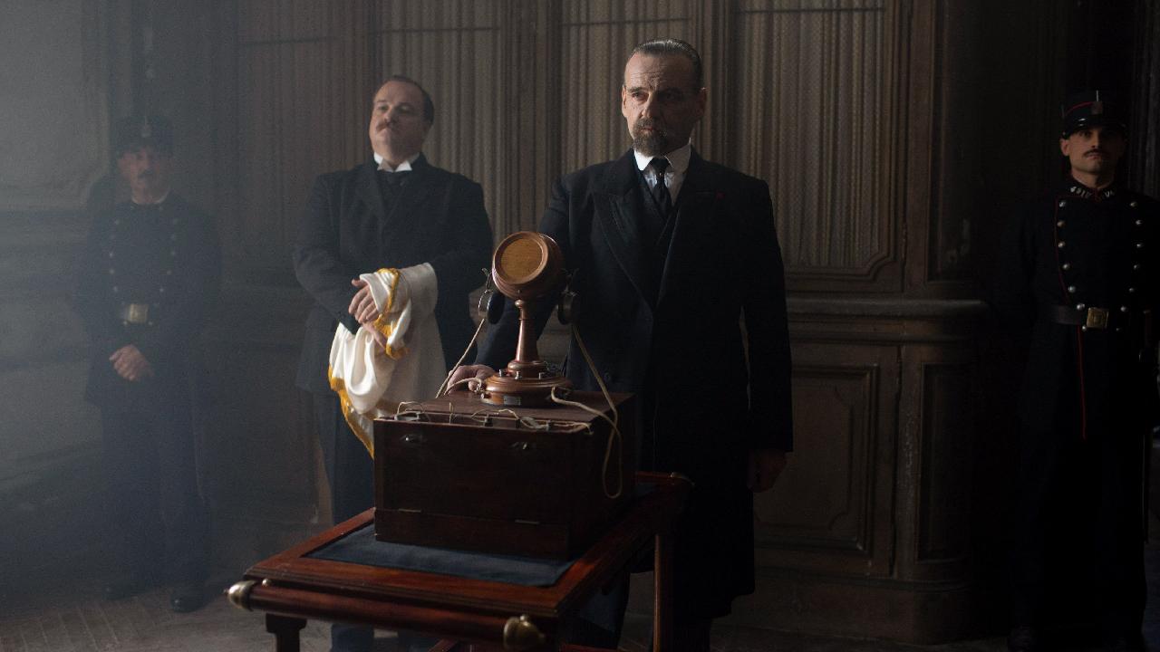 Paris Police 1900 sur Canal+ : comment s'est construite cette série  historique ambitieuse ? - News Séries à la TV - AlloCiné
