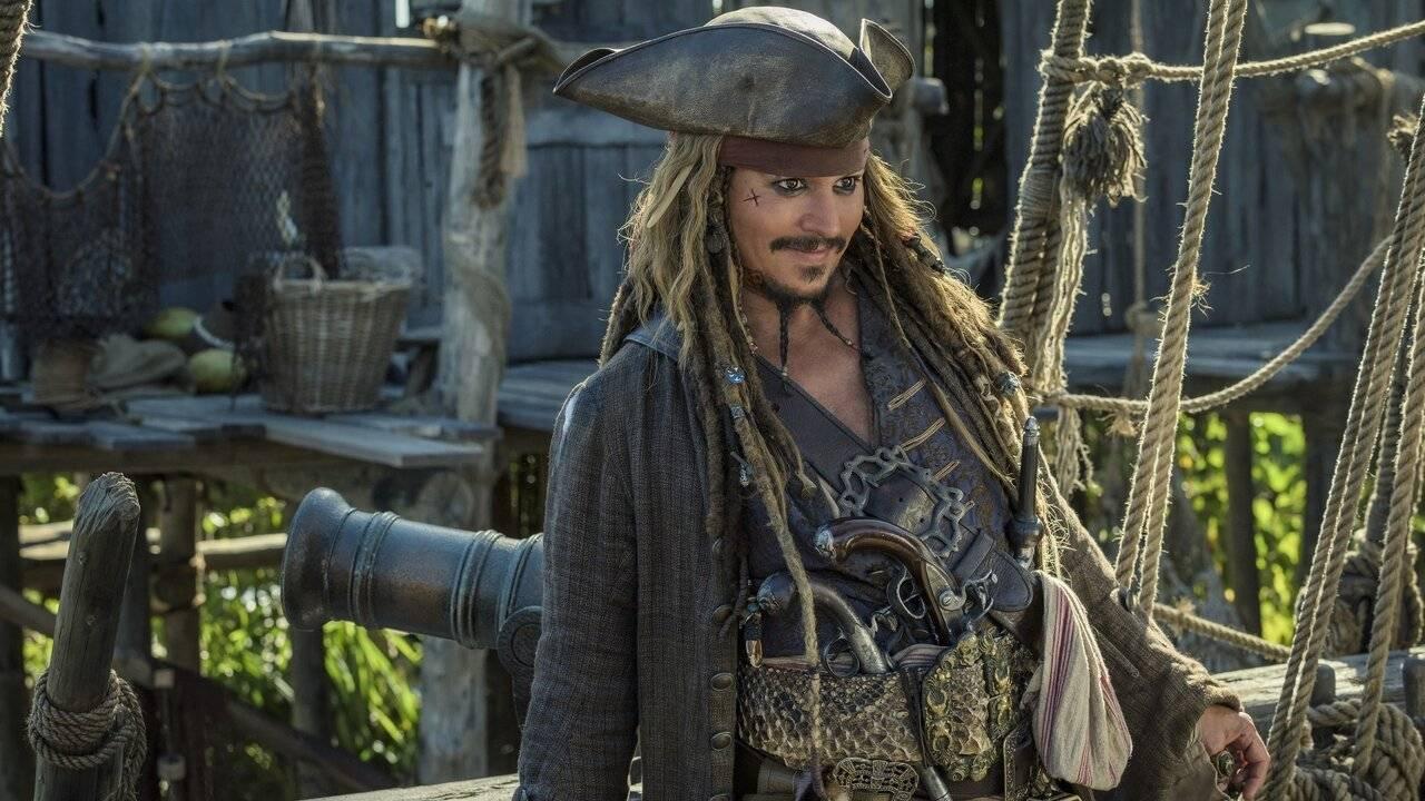 Pirates des Caraïbes 5 sur 6ter : un Johnny Depp ivre a perturbé le tournage de La Vengeance de Salazar - AlloCiné
