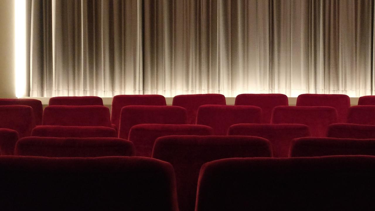 Pass sanitaire : quel bilan estival pour les salles de cinéma ? – Actus Ciné