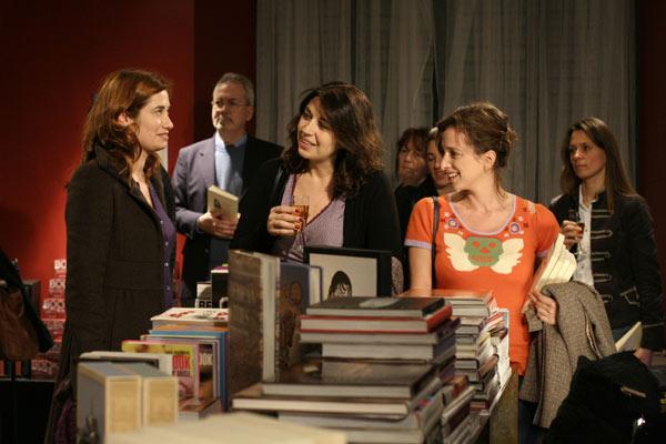 Emmanuelle Devos et Valérie Benguigui (au centre)