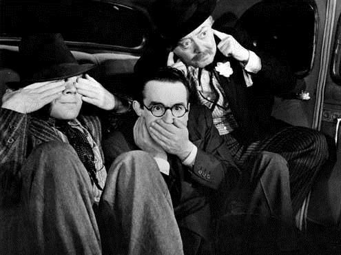 Professeur Schnock : Photo Elliott Nugent, Harold Lloyd, Lionel Stander