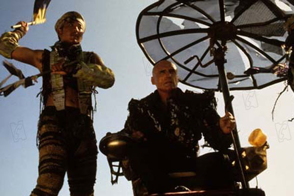 Waterworld : Photo Dennis Hopper, Kevin Reynolds