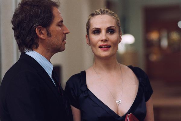 Christopher Thompson et Emmanuelle Seigner