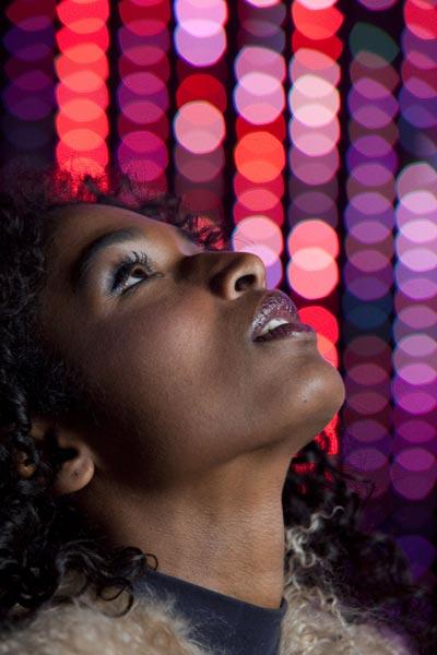 Sara Martins dans Pigalle la Nuit - Saison 1 - Purepeople