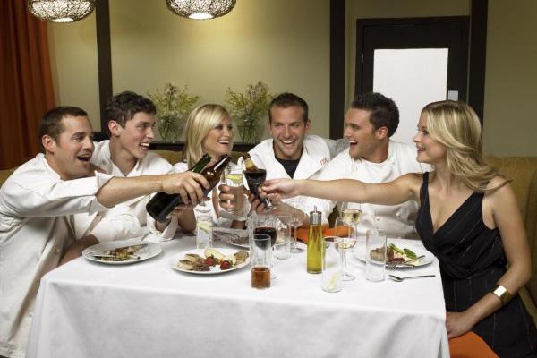 Kitchen Confidential : Photo Bonnie Somerville, Bradley Cooper, Jaime King, John Francis Daley, Nicholas Brendon