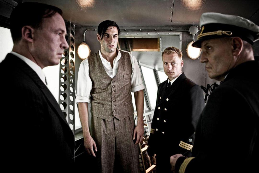 Hindenburg : Photo Hinnerk Schönemann, Jürgen Schornagel, Maximilian Simonischek, Ulrich Noethen