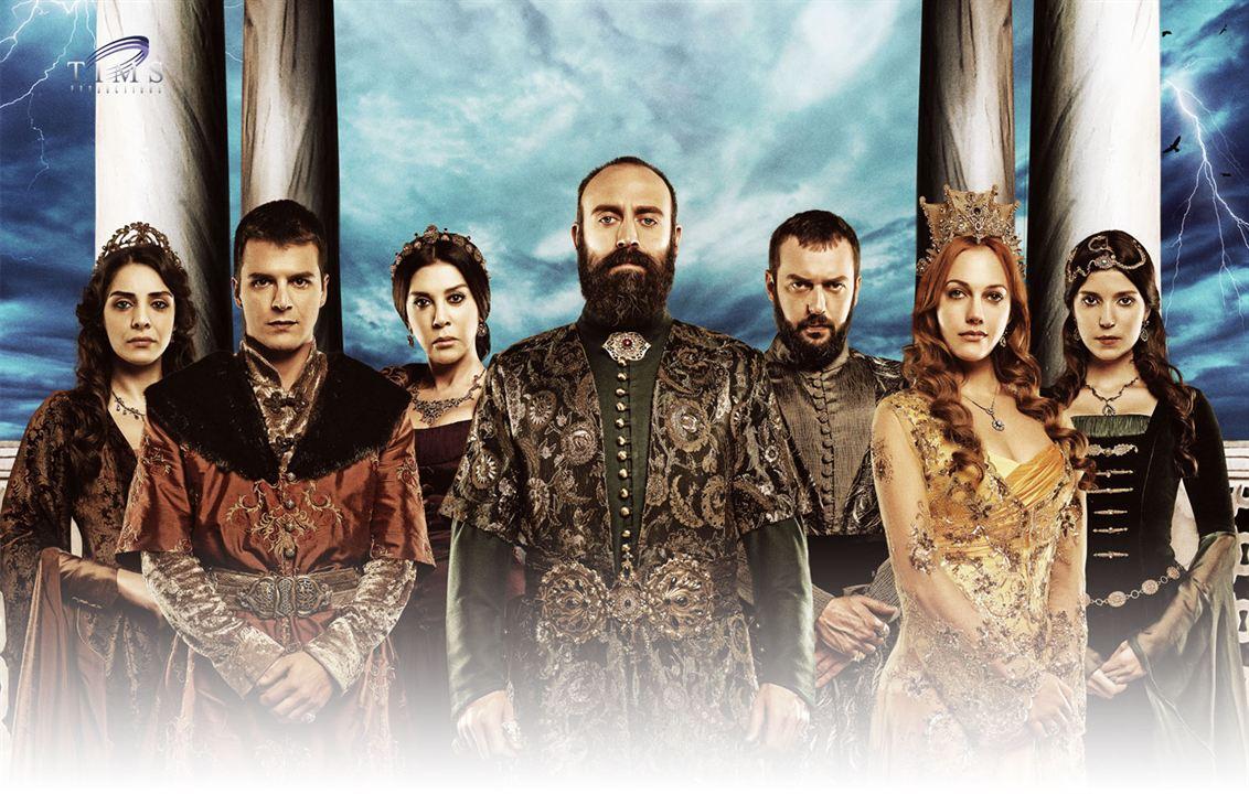 Photo Halit Ergenç, Mehmet Günsür, Meryem Uzerli, Nebahat Çehre, Nur Fettahoglu