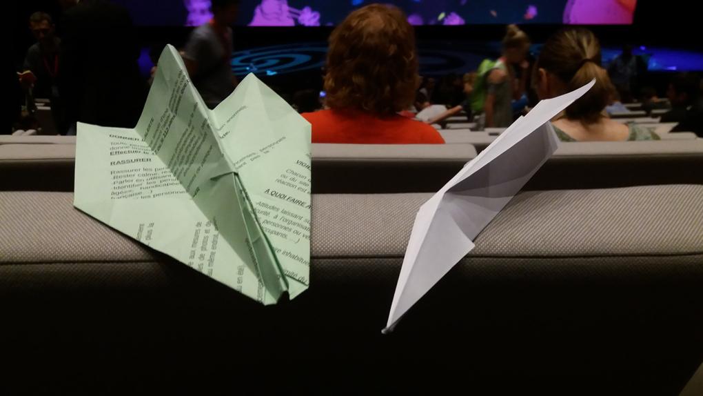 Les avions en papier d'Annecy