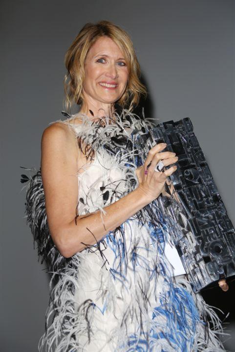 Laura Dern reçoit son prix hommage