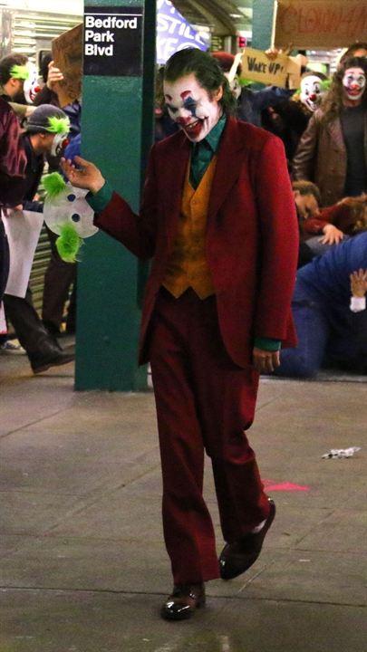 """Joaquin Phoenix sur le tournage du """"Joker"""""""