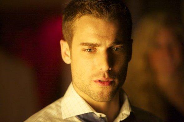 Haute tension: Dustin Milligan