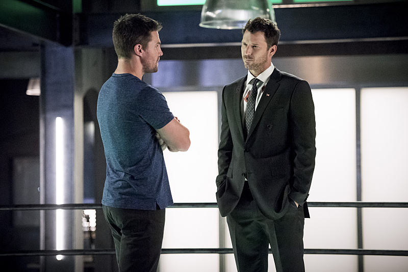 Photo Stephen Amell, Wil Traval