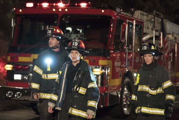 Photo Danielle Savre, Grey Damon, Jaina Lee Ortiz