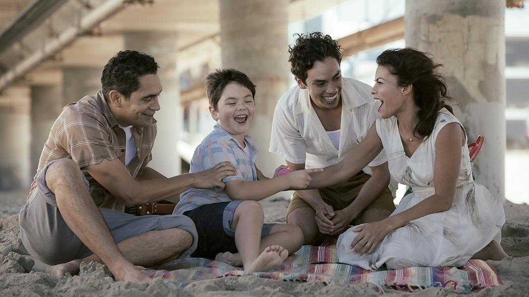 Victor: Lisa Vidal, José Zuniga, Patrick Davis (X), Mason Davis