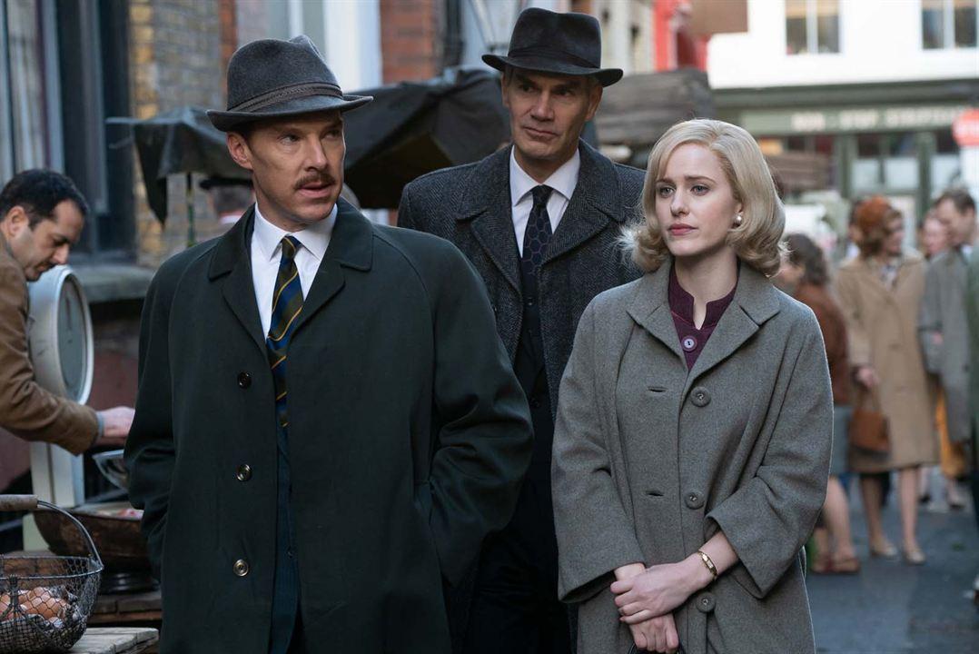 Un espion ordinaire: Rachel Brosnahan, Benedict Cumberbatch